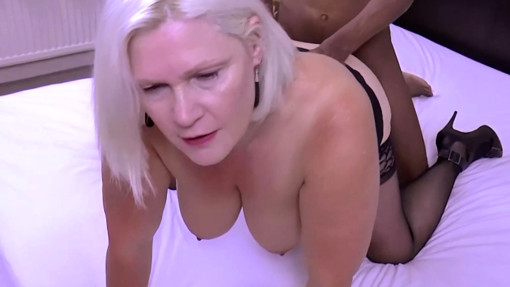 Grannylovesblack - You Cant Go Wrong With Big Black Dong