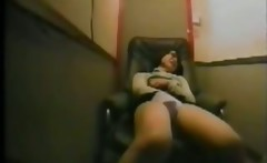 Lulu 37 years orgasm in my relax chair